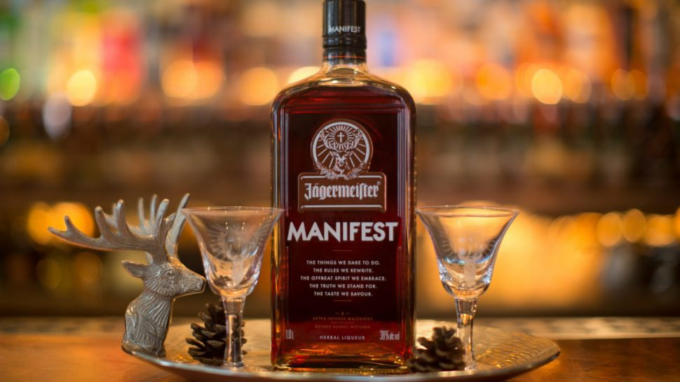 Бутылка с Jägermeister Manifest